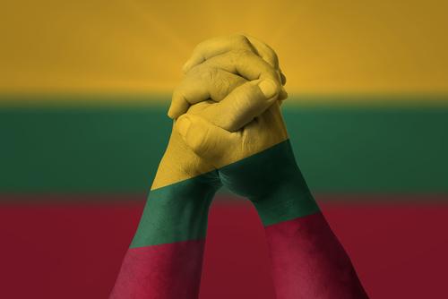 リトアニアが医療大麻合法化へ前進前進
